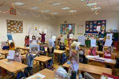 Předávání-výpisu-z-vysvědčení-v-prvních-třídách-07
