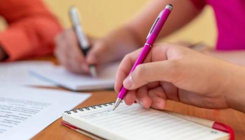 Informace MŠMT kjednotným přijímacím zkouškám na SŠ a víceletá gymnázia pro rok 2020